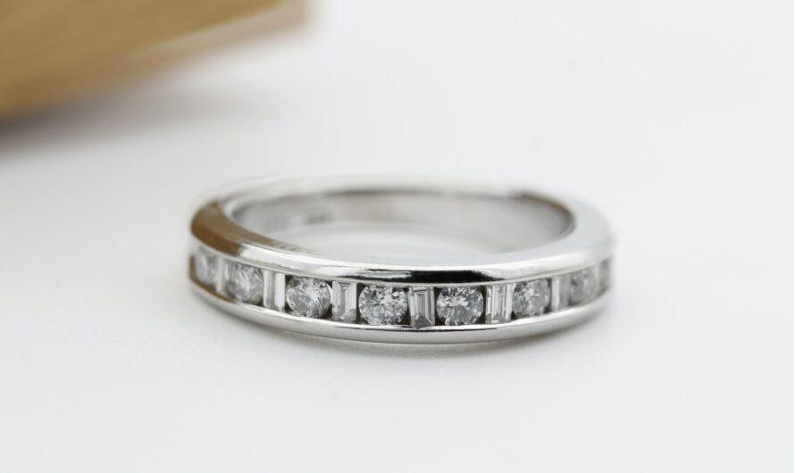 Hogyan lehet a legjobban tisztán tartani az eljegyzési gyűrűt? Ti kérdeztétek, mi elmondjuk!
